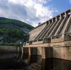 Зейская ГЭС на пути водной стихии
